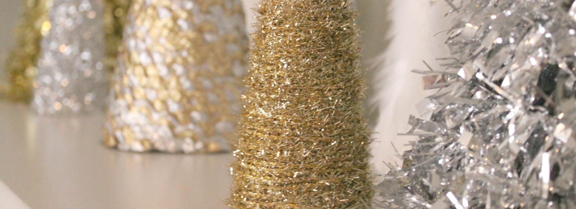Vyrobte si  dekoračný vianočný stromček